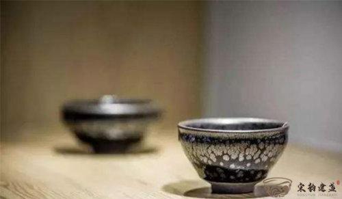 """建盏的功效与作用,为什么称之为""""喝茶神器"""""""