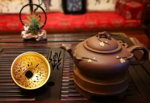 建盏和紫砂壶泡茶哪个好,得失取舍因人而异