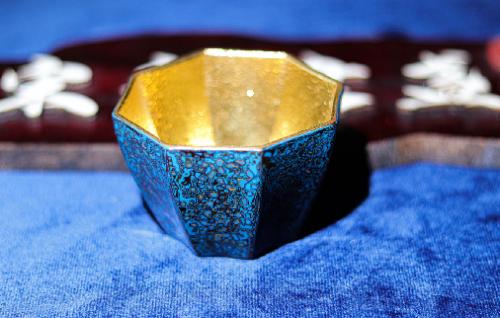 建盏和紫砂壶泡茶哪个好,如何选择最合适的茶具