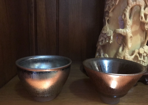 紫砂壶跟建盏哪个更值得收藏,茶具收藏的心得分享