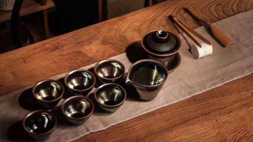 茶盏和建盏的区别是什么,建盏和茶盏有什么区别吗?